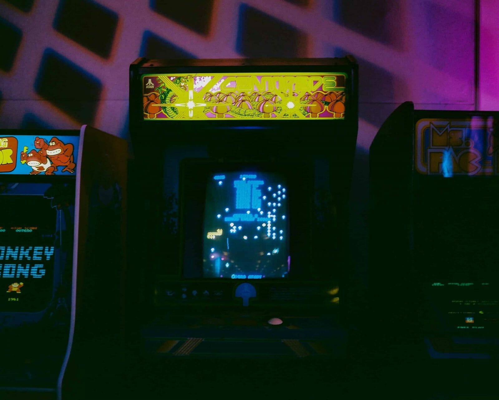 An image showing an arcade machine